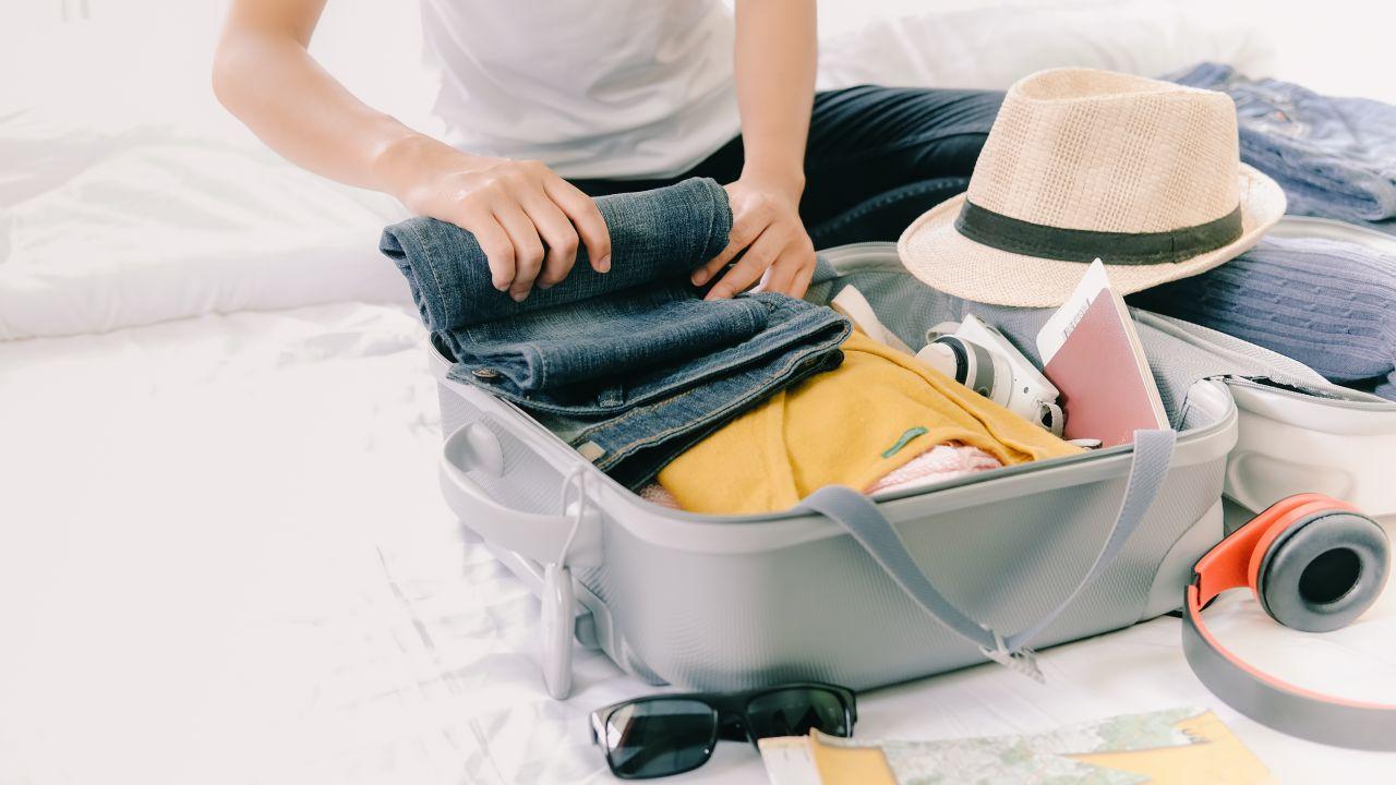 pakowanie walizki, organizacja bagażu, organizer podrózny